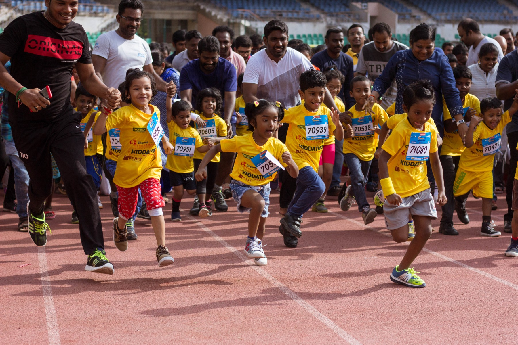 2018.05 Nearly 2000 children raced in the Chennai Summer Kiddathon