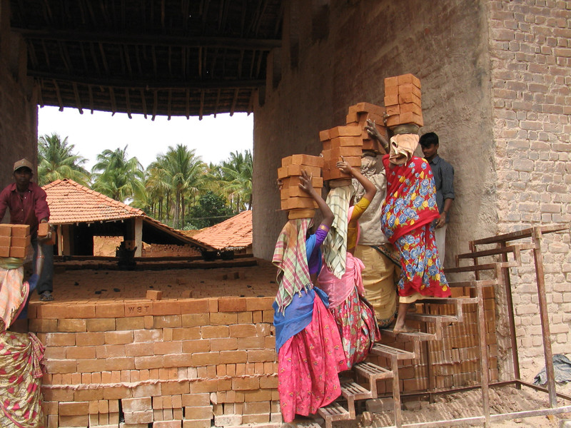 200308inc-thimma_reddy_brick_kiln-0001f_200308inc-thimma_reddy_brick_kiln-2.jpg
