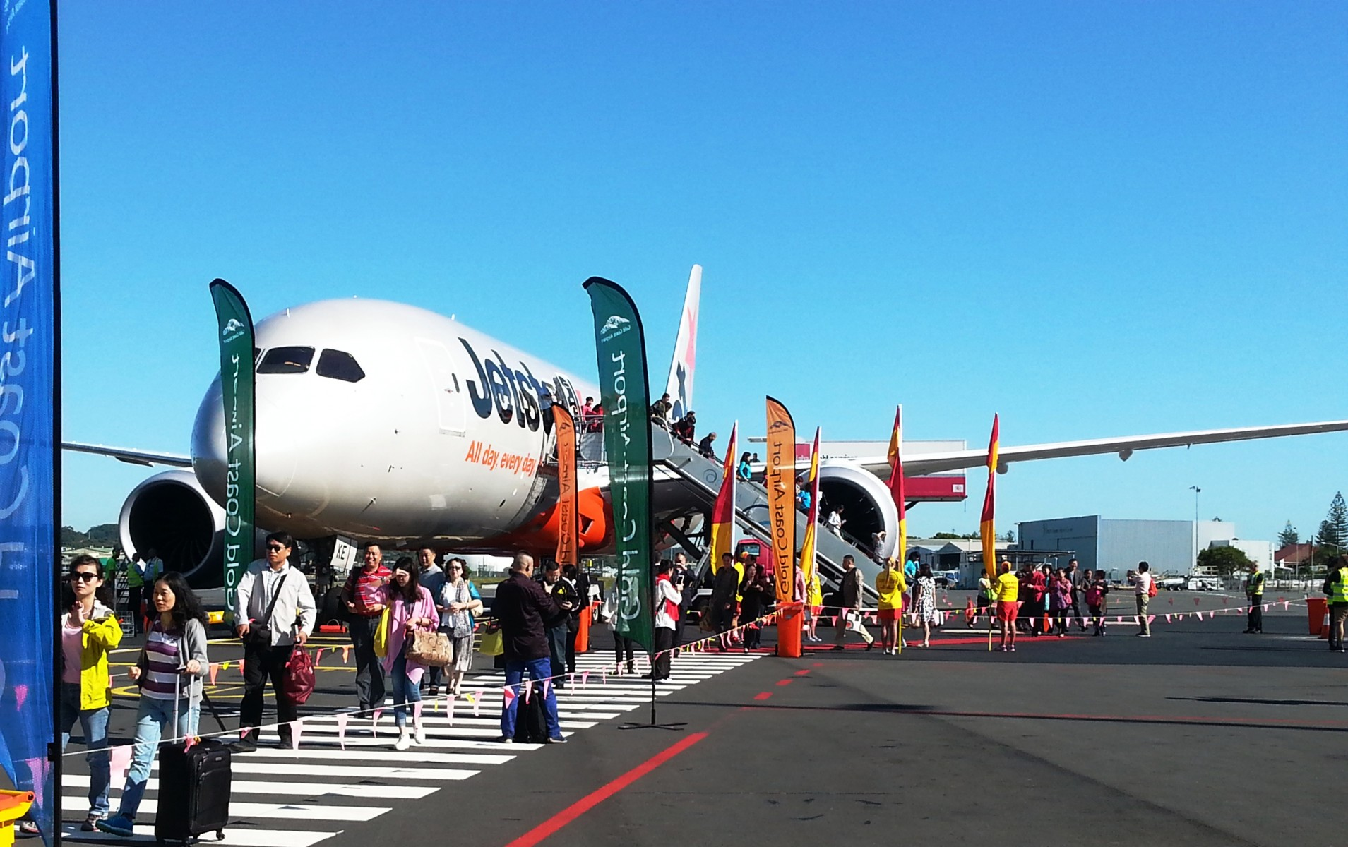 Jetstar S Gold Coast Wuhan Service Off To A Flying Start