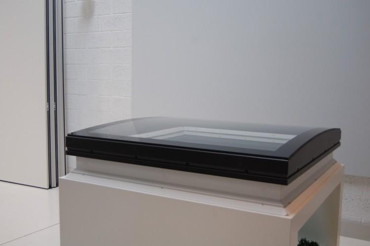 La nouvelle fen tre pour toit plat de velux est arriv e en belgique - Fenetre de toit plat ...
