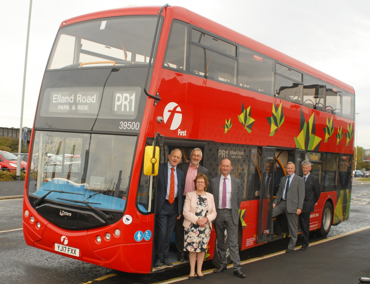 Metrodecker EV trial in Leeds