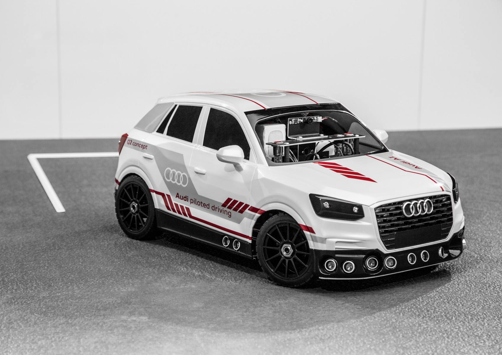 Audi Q2 deep learning concept schaalmodel