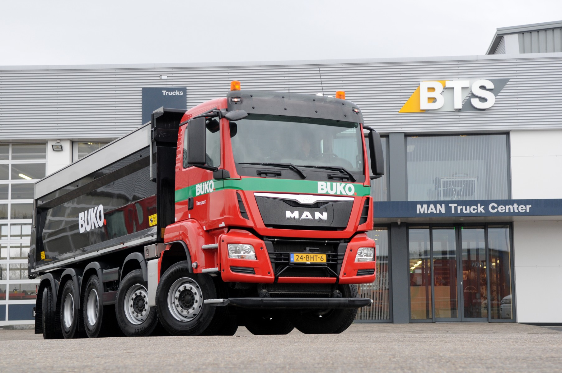 MAN 10x4-6 voor BUKO Transport