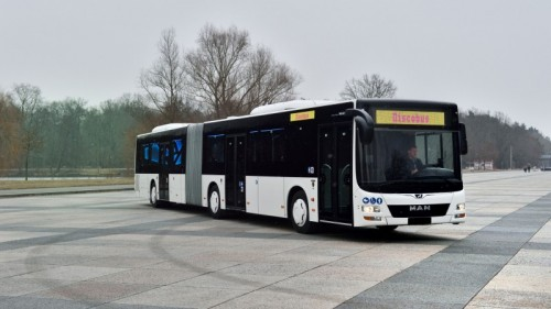 Swingen(d) onderweg: de MAN Lion's City discobus