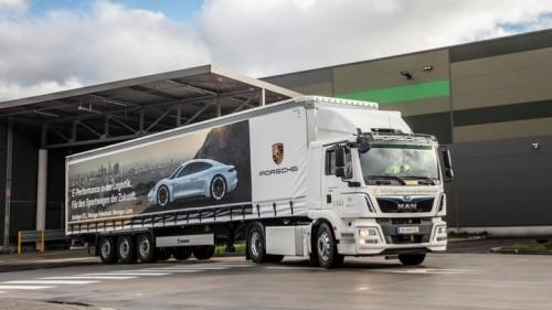 Milieuvriendelijke logistiek: elektrische MAN eTGM trekker voor Porsche