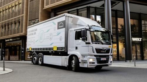 MAN stuurt elektrische e-trucks de weg op
