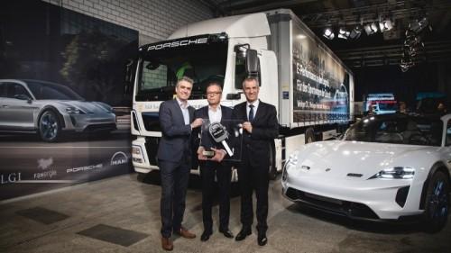 Milieuvriendelijke logistiek: elektrische MAN eTGM voor Porsche