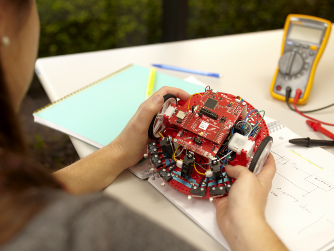 Texas Instruments Robotics Kit For University Education Exclusively