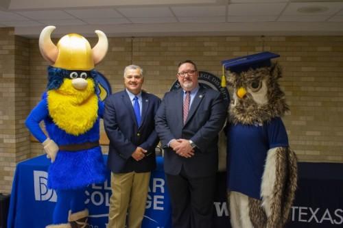 Del Mar College, WGU Texas sign agreement streamlining student transfers  image