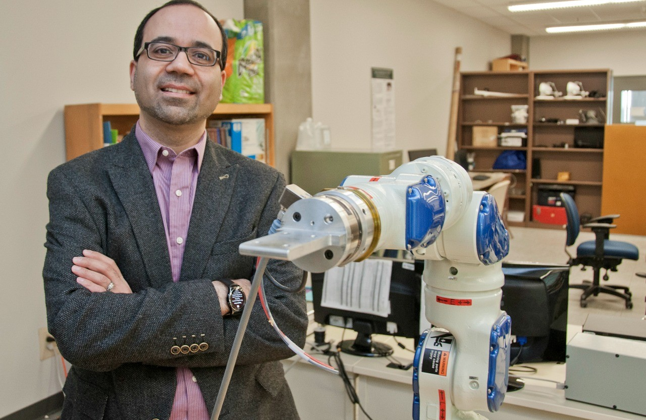 Mahdi Tavakoli is developing medical robots to make patient care more accessible while making the health-care system more efficient.