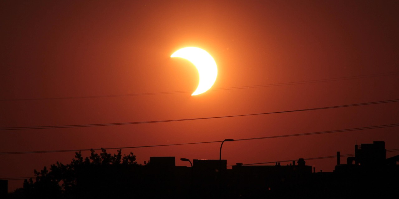 Edmontonians will have a ringside seat today for a partial solar eclipse, which will last from 10:24 a.m. until 12:50 p.m. (Wikimedia Commons)