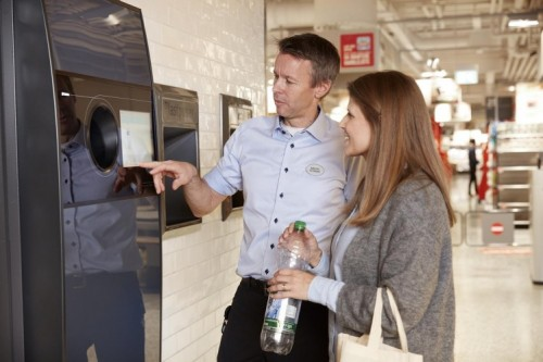 TOMRA offers European retailers insights into reverse vending recycling at EuroShop