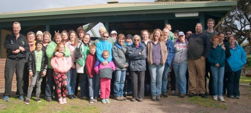 A+group+of+30+geocachers+from+around+Victoria+recently+gathered+on+Phillip+Island+to+scout+for+geocaches%2C+but+also+collection+rubbish.