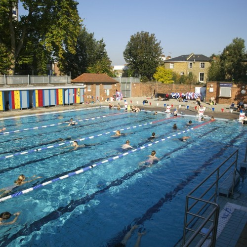 A Light Swim Installation Of Floodlights At London Fields Lido To Begin