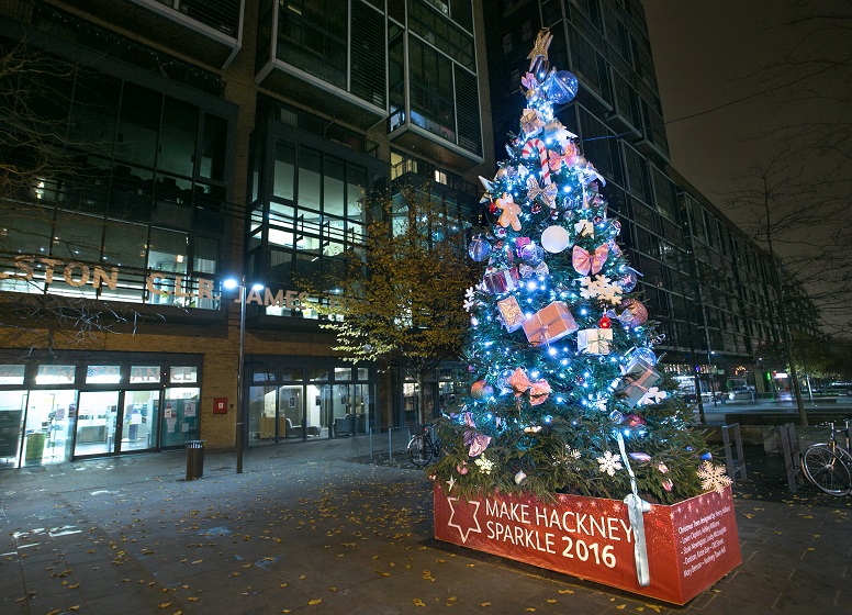 designer christmas trees spruce up hackney - Designer Christmas Trees