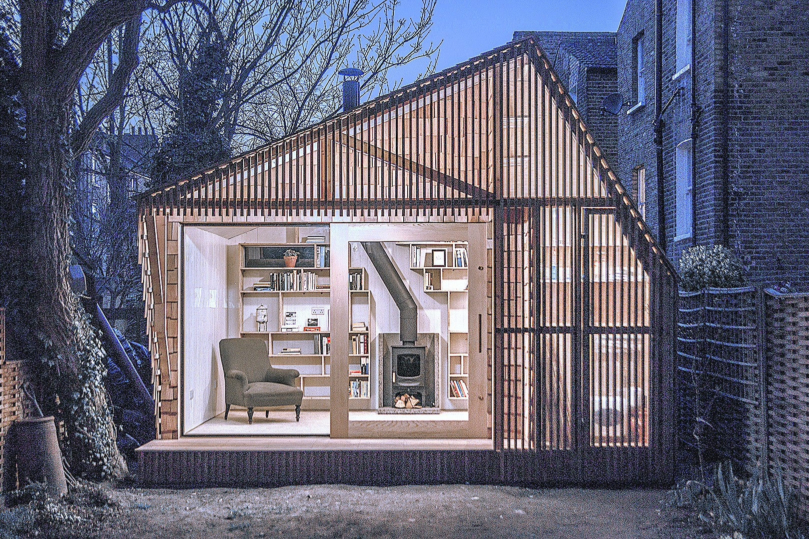 2014 People's Choice Winner: Writer's Shed, E8