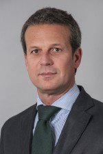 André Almada, Senior Director Offices & Transaction Services CBRE