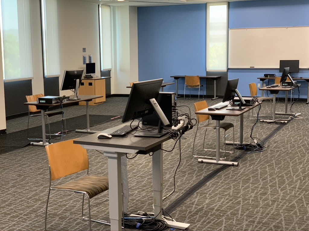 The University Student Union and IITS have partnered to establish a computer lab in the USU Ballroom and Meeting Rooms for students who need access to computers, printing services, power and/or Wi-Fi.