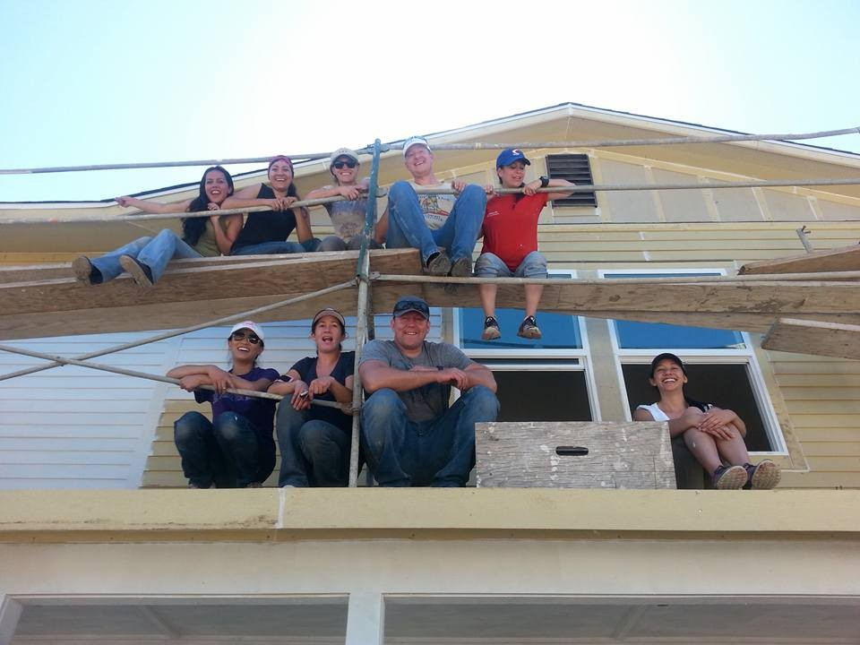 FEMBA volunteers with Habitat for Humanity