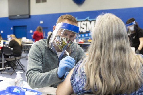 Thumbnail: Nursing Students Step up Amid Pandemic by Vaccinating Community