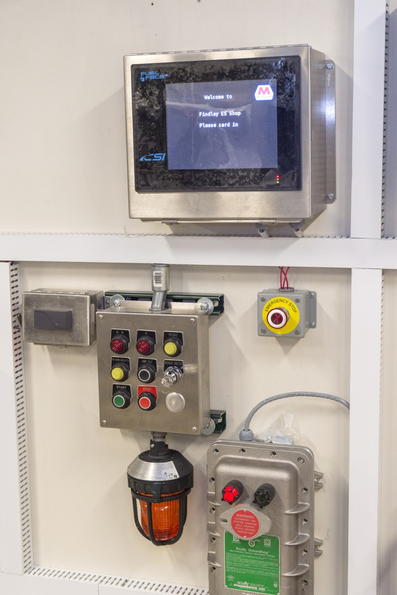 Example of technology at the Electronic Services lab