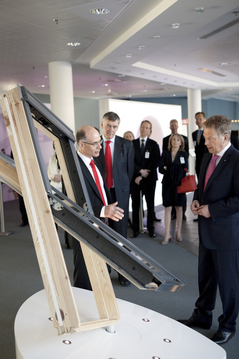 Finnish president visiting the VELUX Group 2