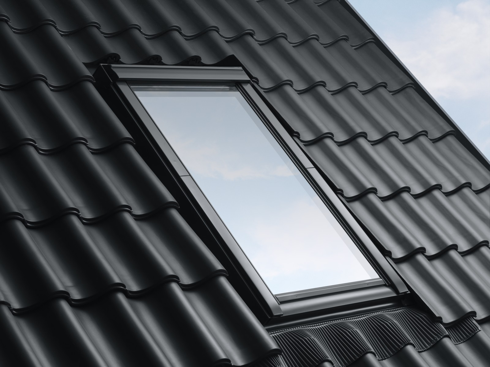 the velux group launches a new generation of roof windows. Black Bedroom Furniture Sets. Home Design Ideas