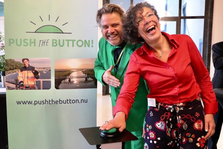 Push the Button -  foto Raymond de Jong - klimaat 02