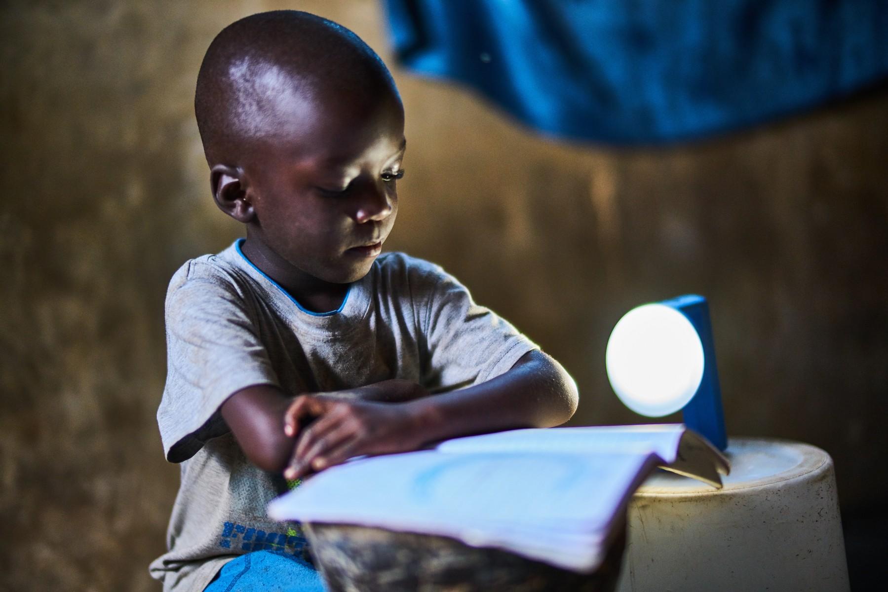 lampe solaire afrique