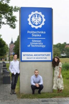 Julia Giżewska, Dominik Kowalski iPaweł Białas - laureaci regionalni IVA 2020-3