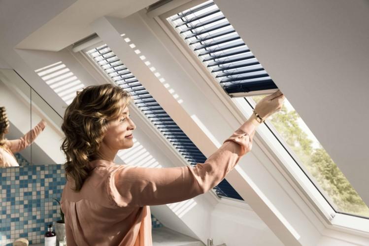 Nowe Trzyszybowe Okno Dachowe Velux Do łazienki I Kuchni