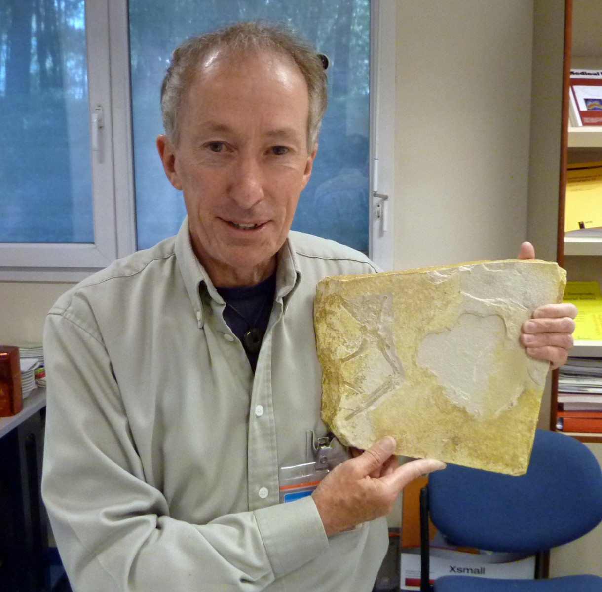 Dr John Nudds with Archaeopteryx fossil specimen at the European Synchrotron in Grenoble