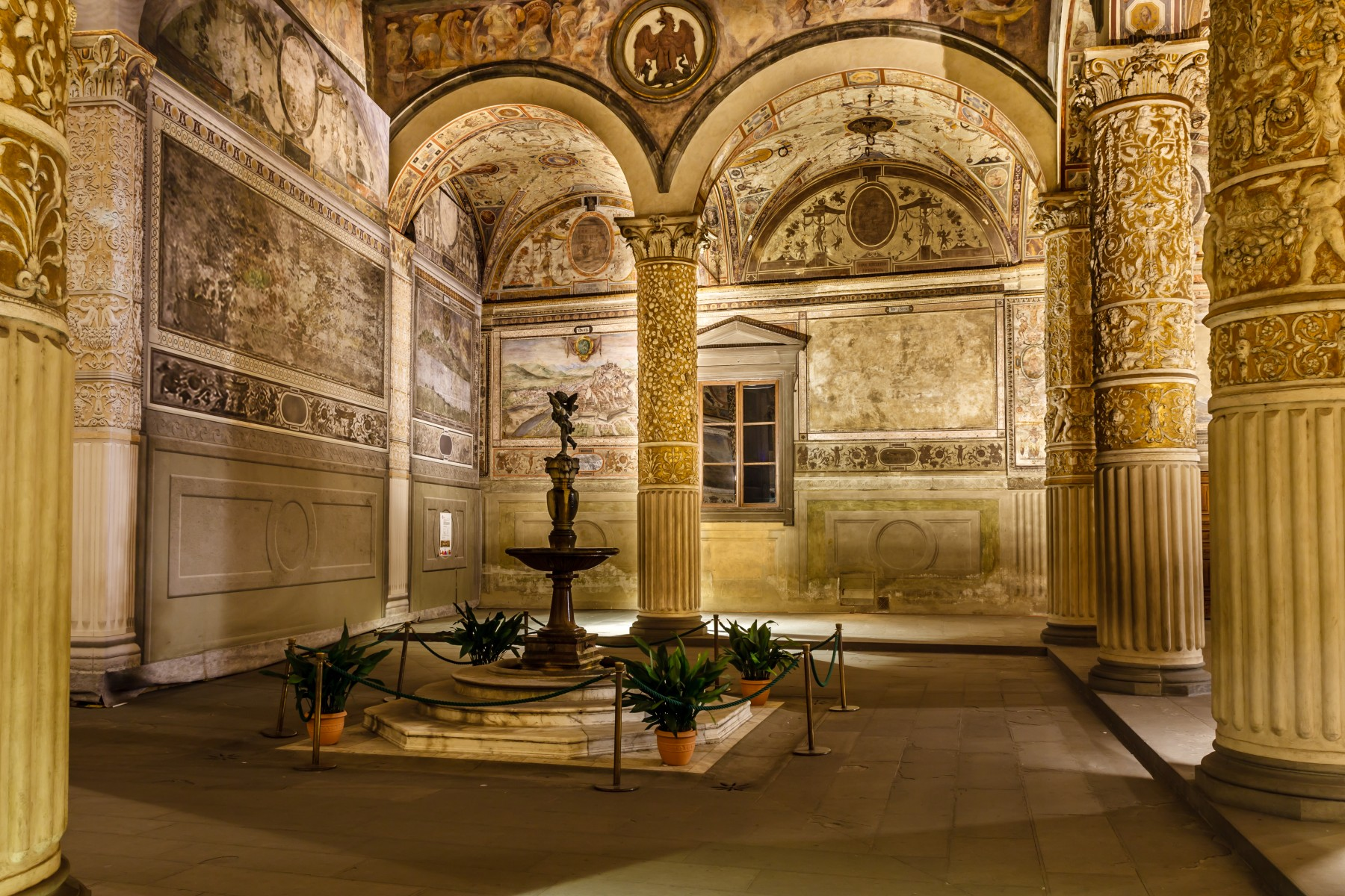 8 stays to discover florence u0026 venice like robert langdon in