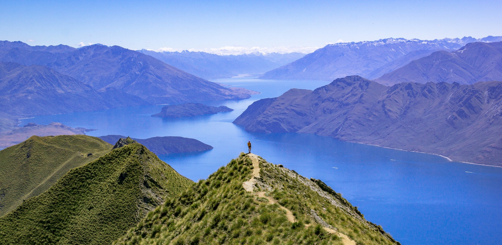 Looking out over Lake Wanaka in New Zealand