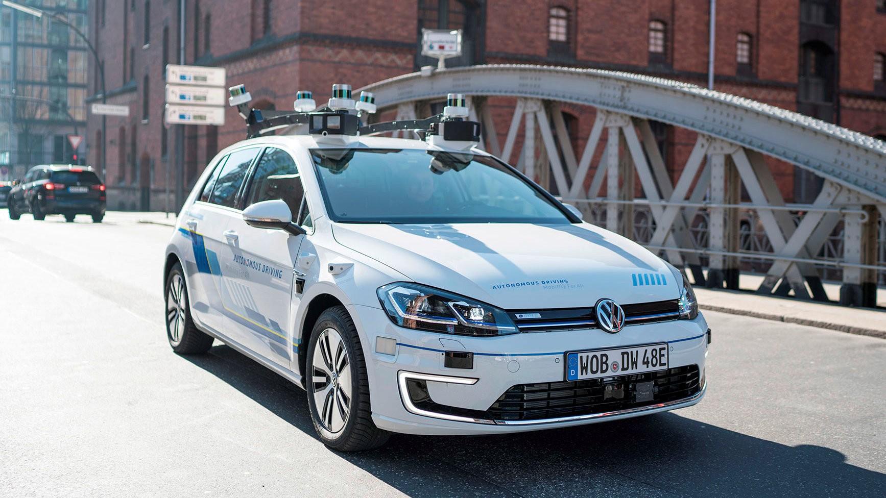 Autonoom rijdende e-Golf (8)