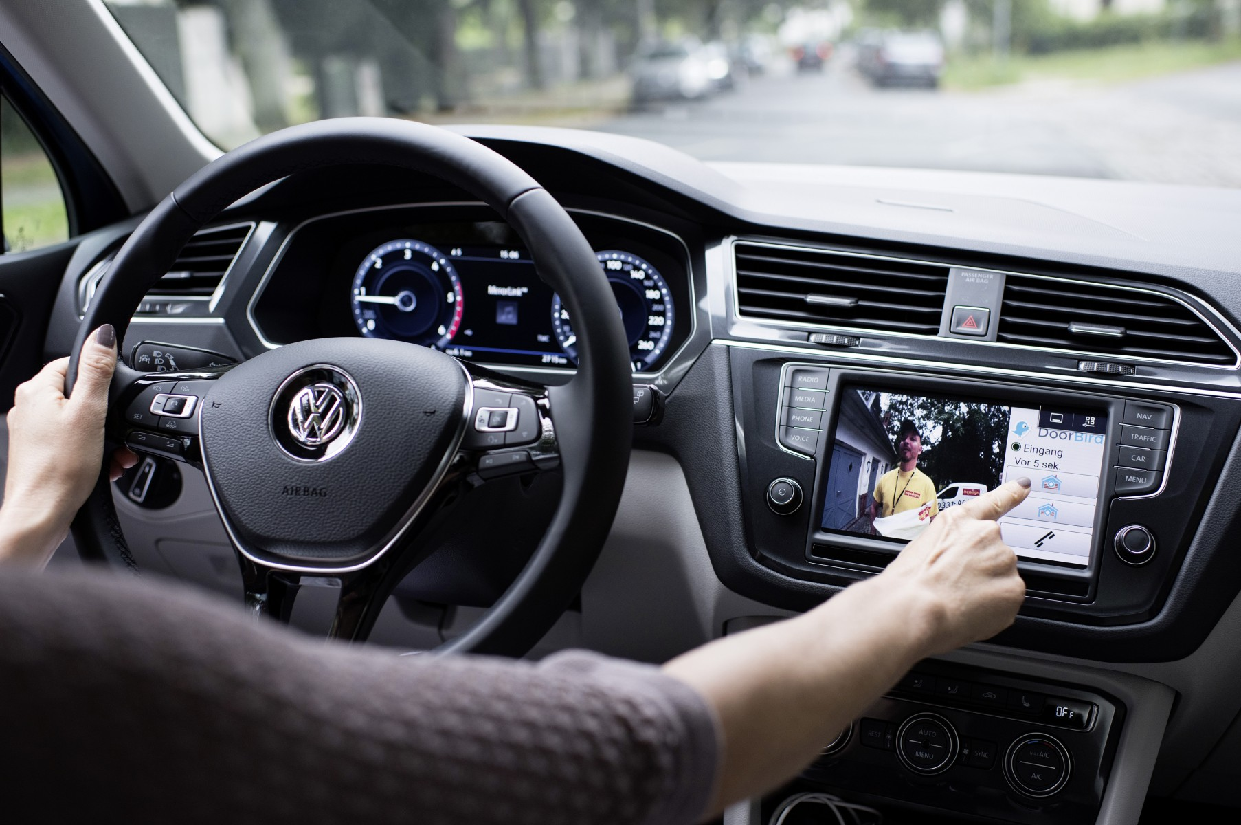 Volkswagen Car-Net App Connect