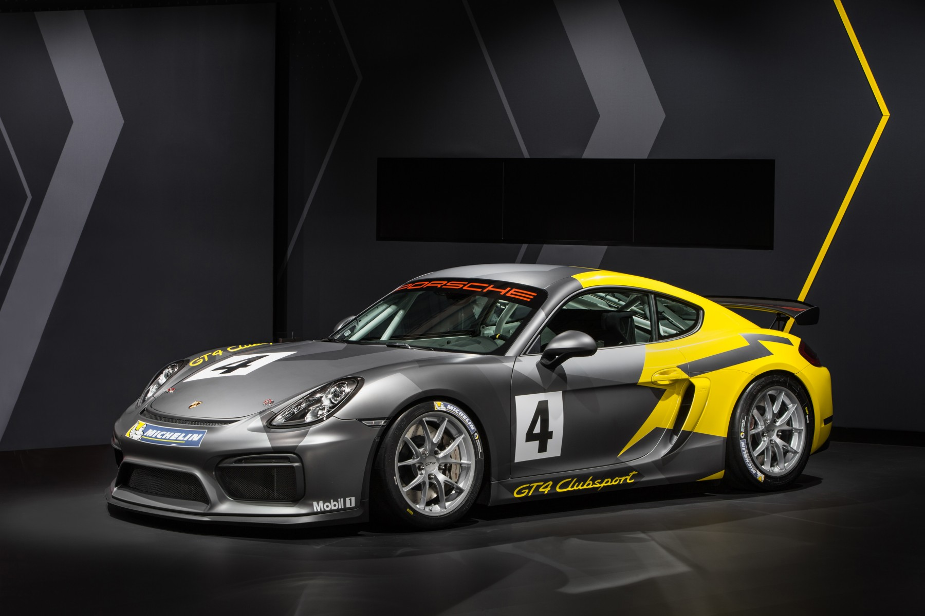 high_cayman_gt4_clubsport_2015_porsche_ag_9.jpg