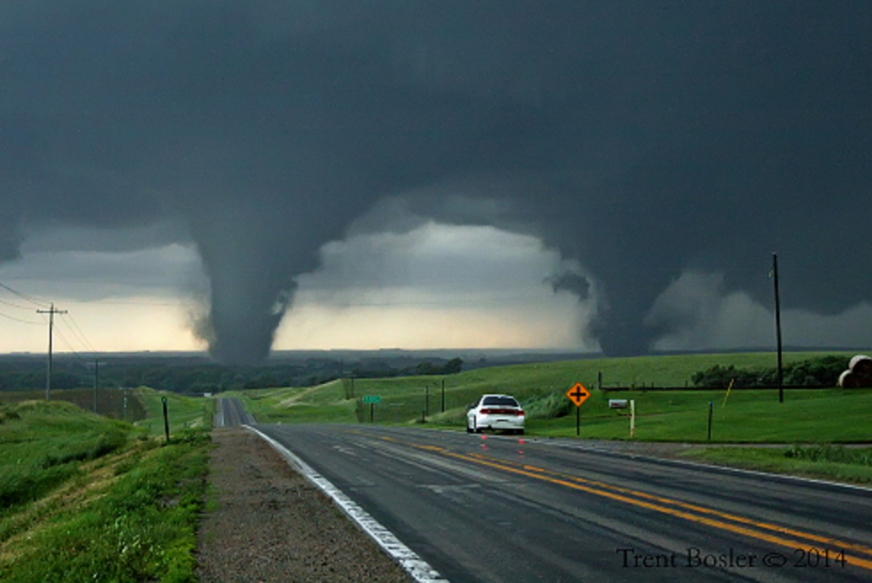 Rare Twin Tornadoes