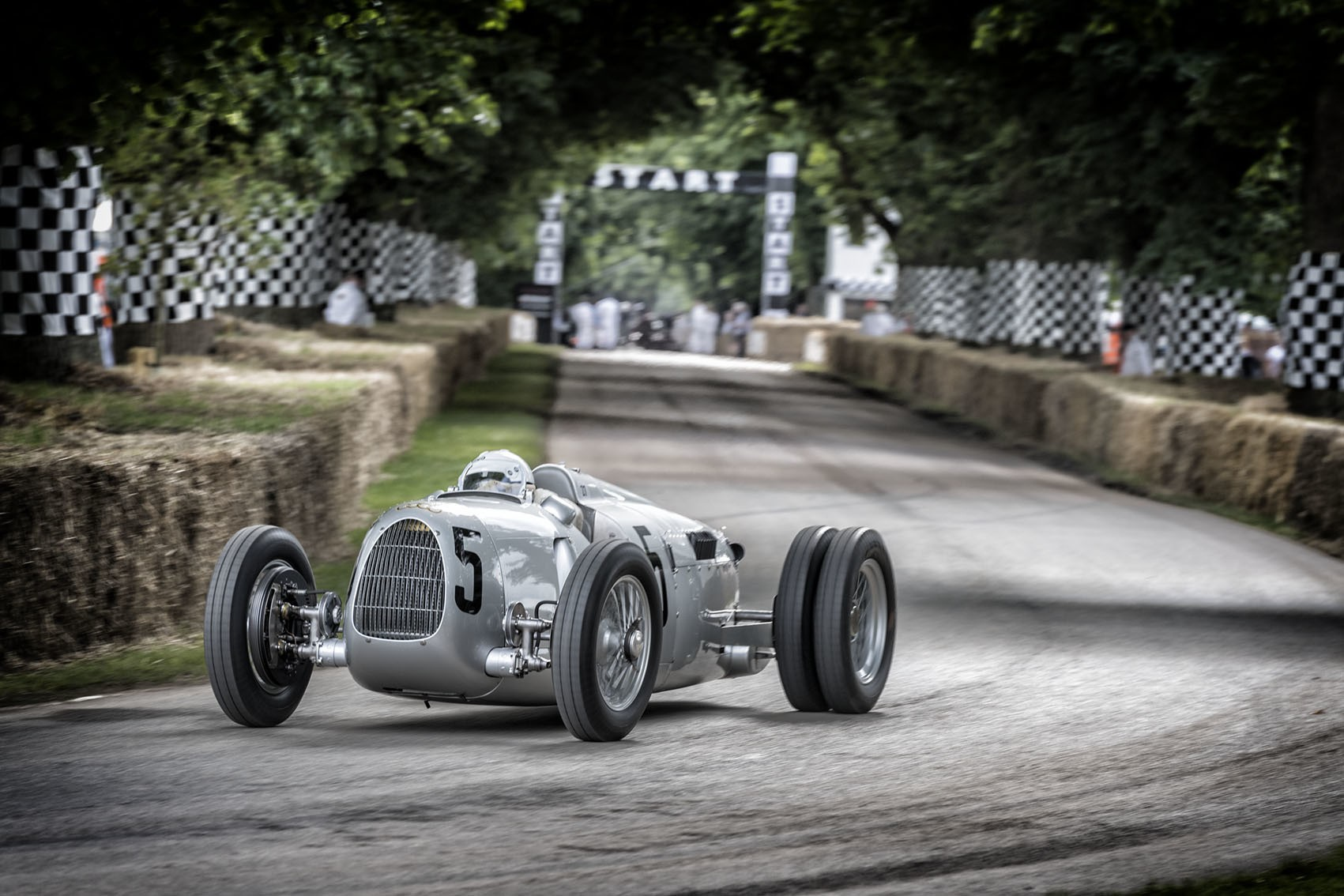 Auto Union Silver Arrow legende uit 1936