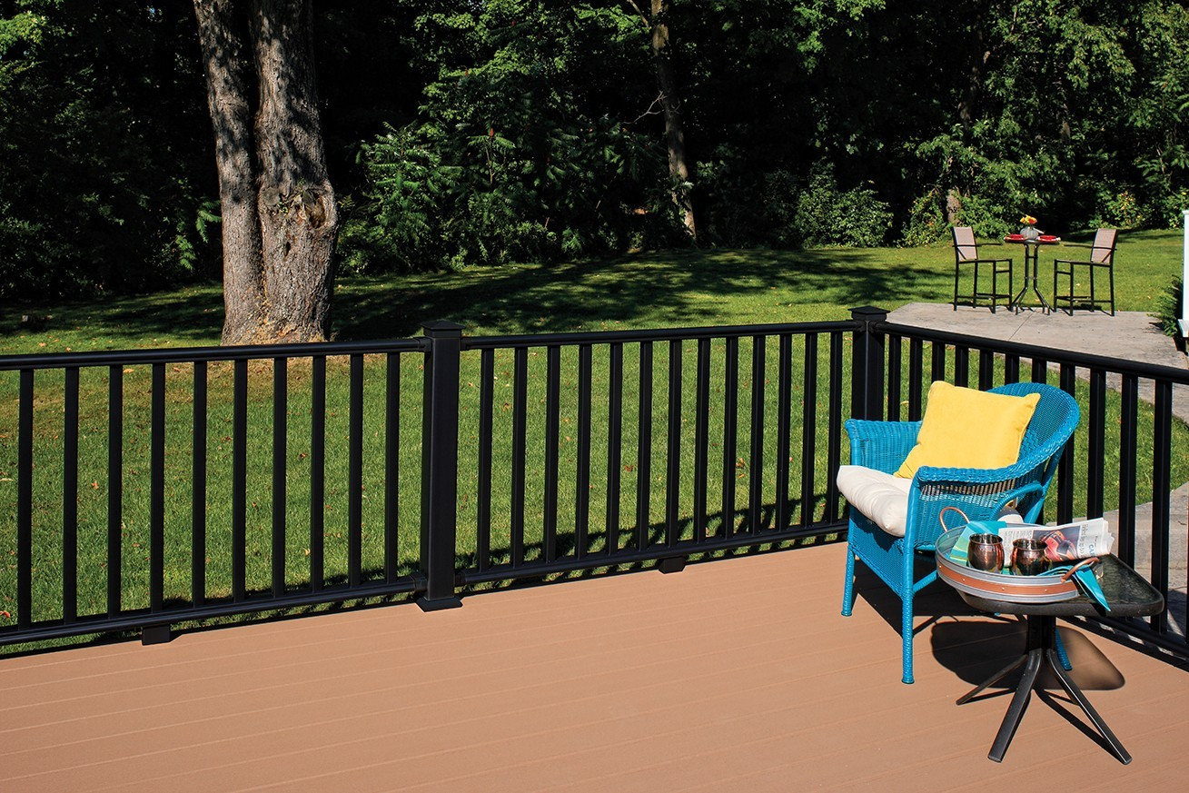 Certainteed Introduces Three New Dark Bold Colors To Its Evernew 174 Railing Systems