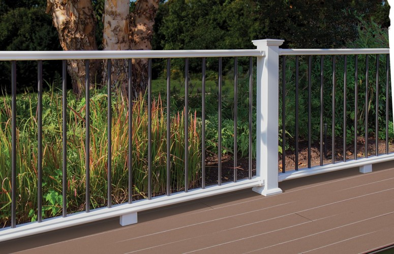Kingston+with+black+aluminum+balusters