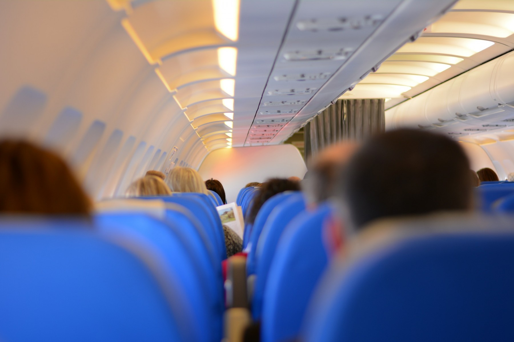 How to Avoid Germs on an Airplane
