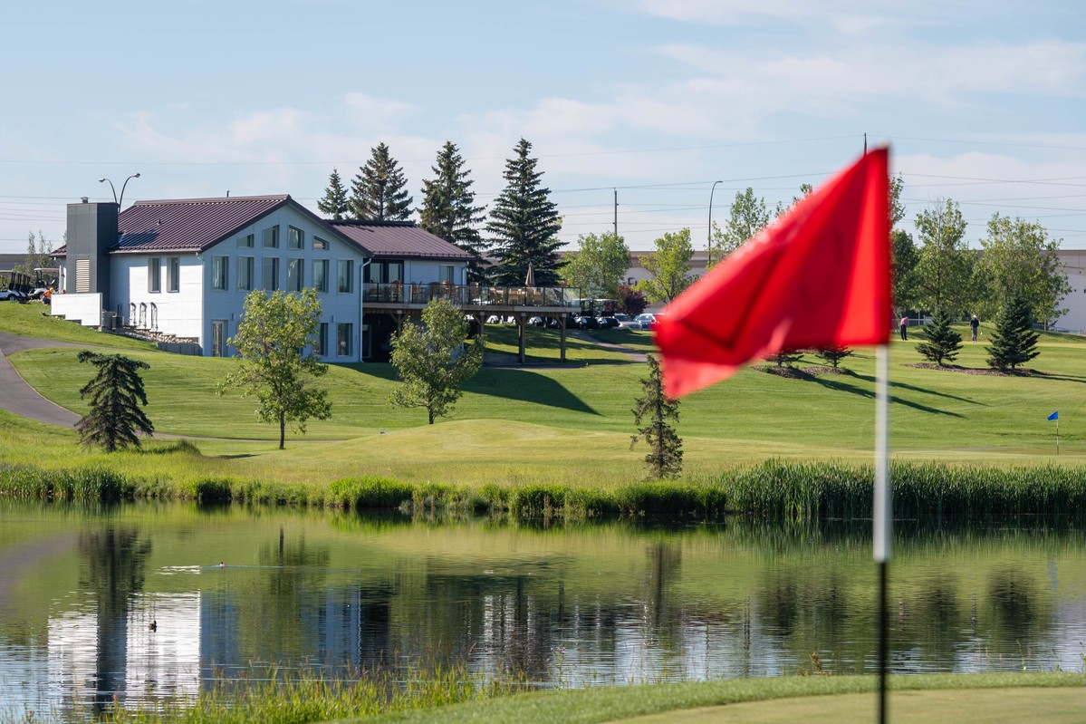 2019-xxxx_McCall Lake Golf course summer shoot-4199_84195