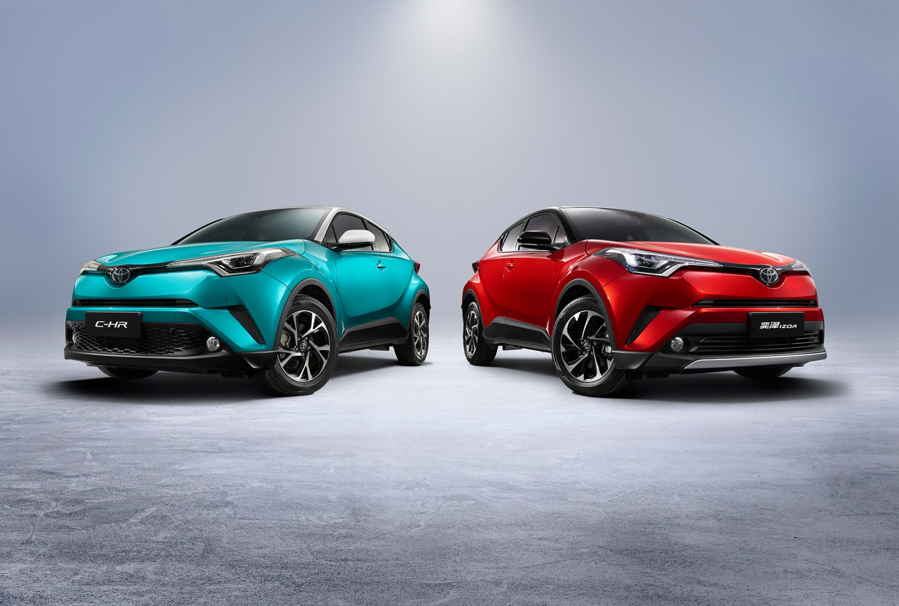 C-HR and IZOA (international combustion engine version)