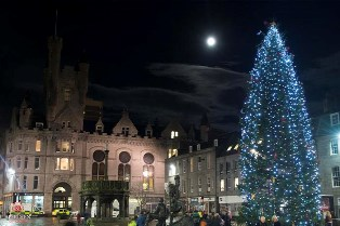Christmas Tree on Aberdeen's Castlegate