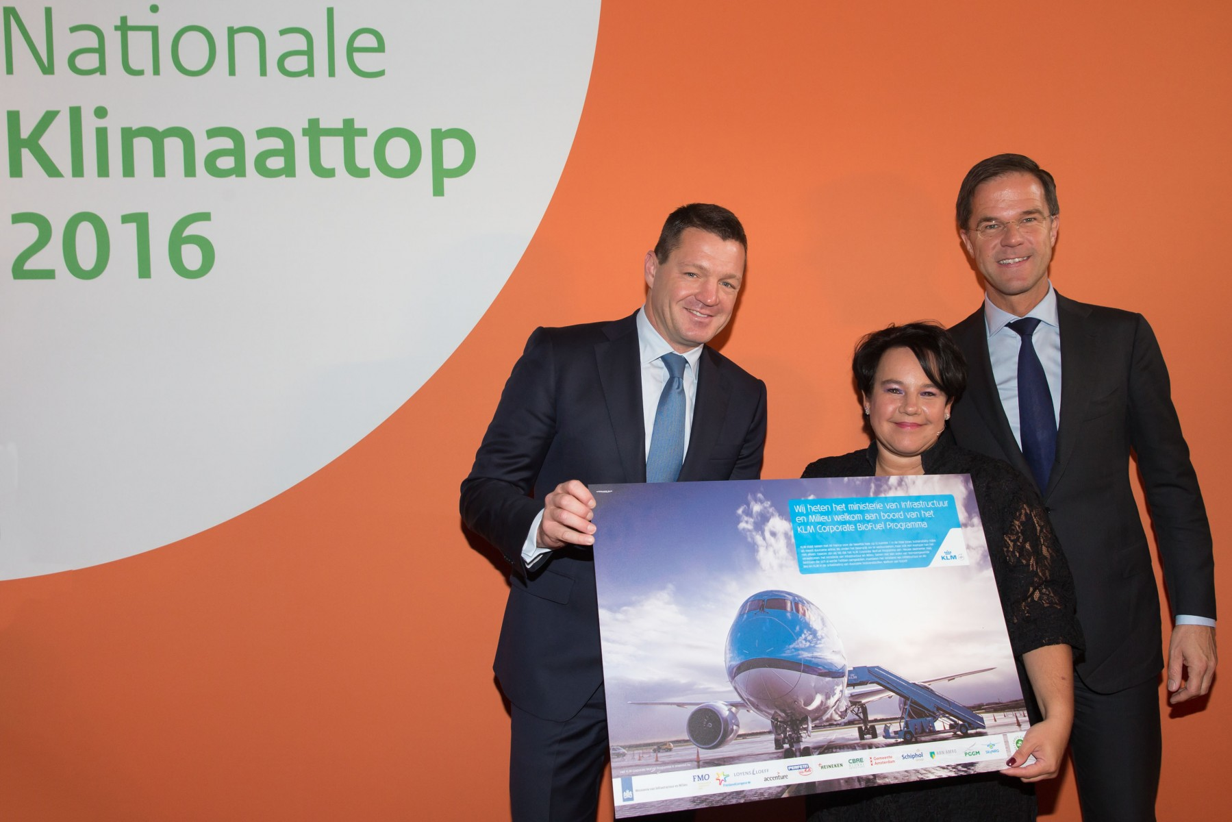 Dutch Ministry of Infrastructure and the Environment Joins KLM Corporate BioFuel Programme