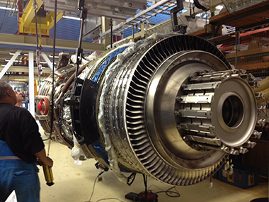 First Commercial GEnx Engine Delivered