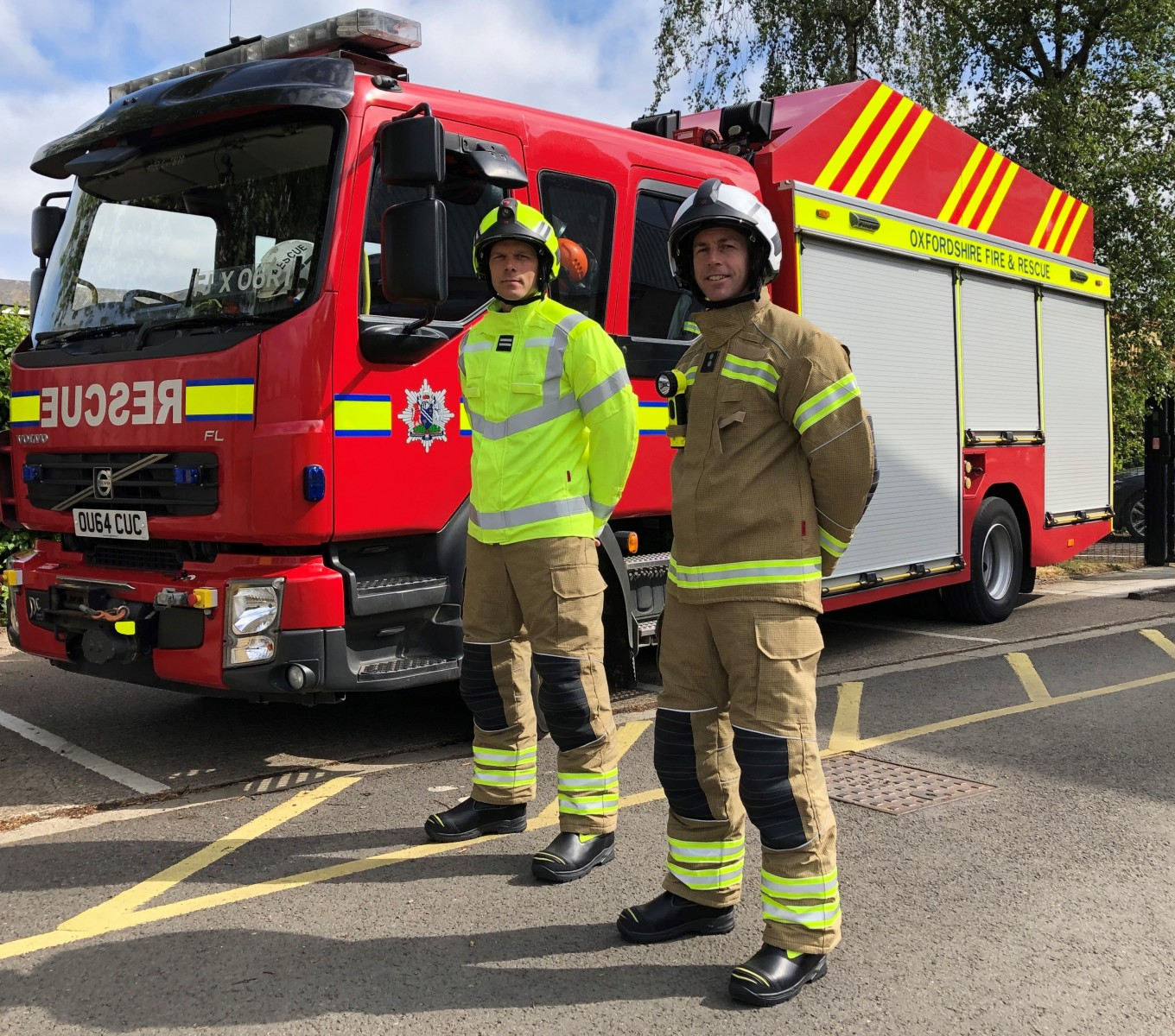 Photo - Oxfordshire firefighters - new kit