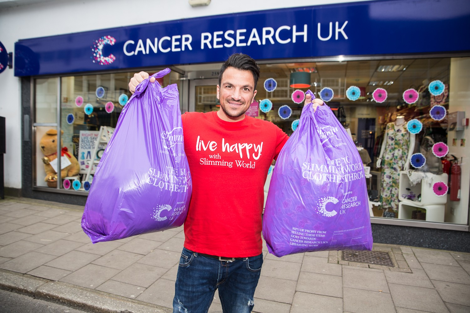 d046c57684 Peter Andre offers bags of support to slimmers' charity campaign