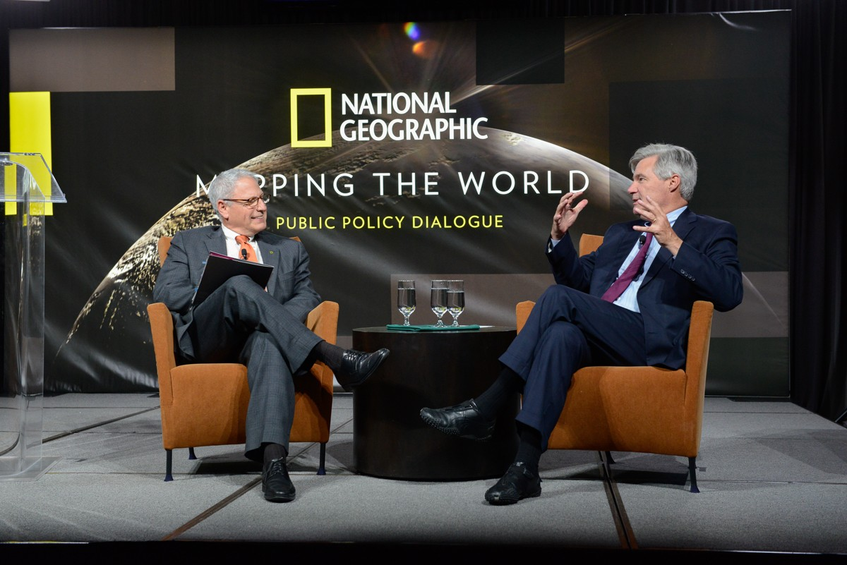 National Geographic Society President and CEO Gary E. Knell and U.S. Sen. Sheldon Whitehouse (D-RI) at the Mapping the World Public Policy Dialogue Forum on Ocean Conservation